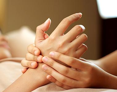 Käsihoitopalvelut